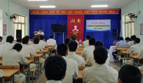 Lễ bế giảng, trao chứng chỉ tốt nghiệp ngành Điện dân dụng năm 2020 tại Cơ sở Xã hội Bầu Bàng Thành phố Đà Nẵng