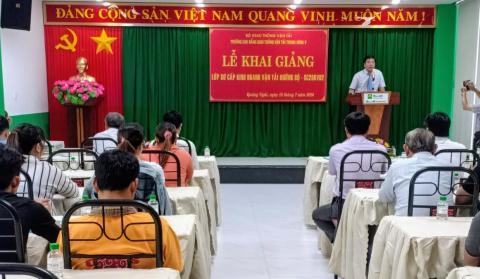 Lễ khai giảng lớp Sơ cấp Kinh doanh vận tải đường bộ tại tỉnh Quảng Ngãi
