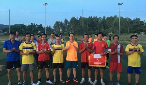 Sôi động giải bóng đá mini nam CB-CC-VC-NLĐ Trường Cao đẳng GTVT Trung ương V lần thứ IX năm 2019